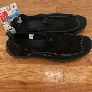 New Speedo Men's Aqua Shoes